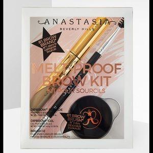 Anastasia Beverly Hills Makeup - ANASTASIA BEVERLY HILLS MELT-PROOF BROW KIT